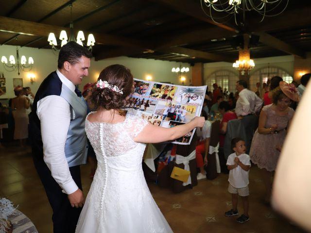 La boda de MARI CARMEN y DARIO en Casas De Fernando Alonso, Cuenca 245