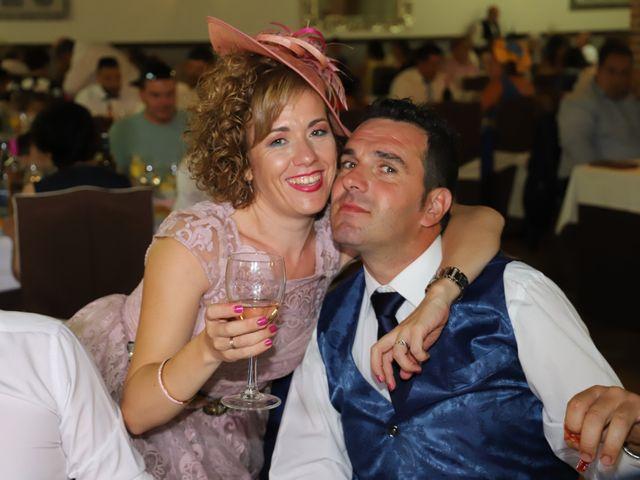 La boda de MARI CARMEN y DARIO en Casas De Fernando Alonso, Cuenca 249