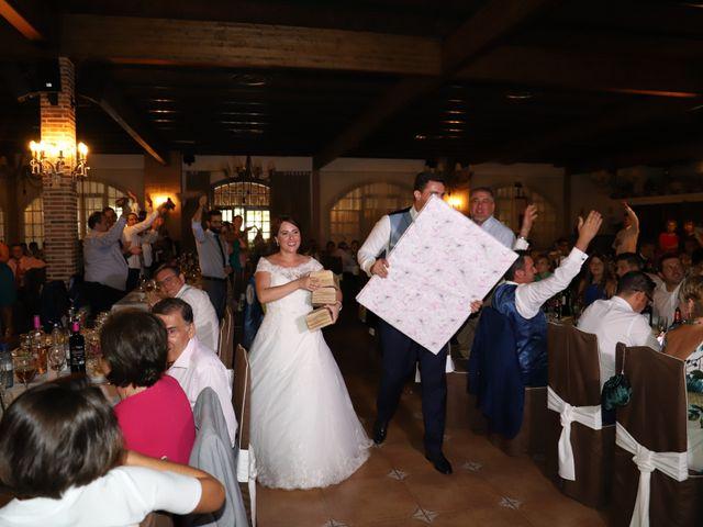 La boda de MARI CARMEN y DARIO en Casas De Fernando Alonso, Cuenca 251