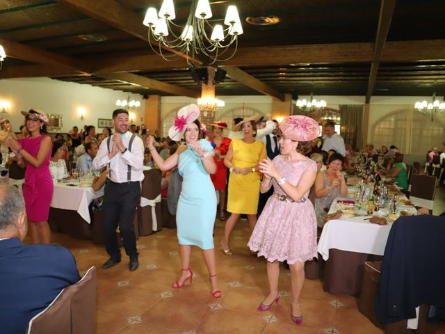 La boda de MARI CARMEN y DARIO en Casas De Fernando Alonso, Cuenca 260