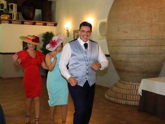 La boda de MARI CARMEN y DARIO en Casas De Fernando Alonso, Cuenca 263