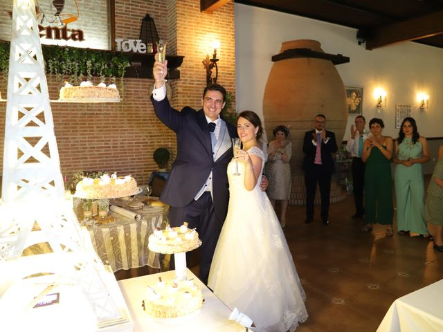La boda de MARI CARMEN y DARIO en Casas De Fernando Alonso, Cuenca 280