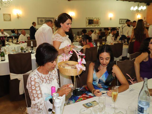 La boda de MARI CARMEN y DARIO en Casas De Fernando Alonso, Cuenca 292