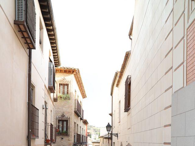 La boda de MARI CARMEN y DARIO en Casas De Fernando Alonso, Cuenca 304