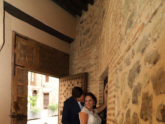La boda de MARI CARMEN y DARIO en Casas De Fernando Alonso, Cuenca 317