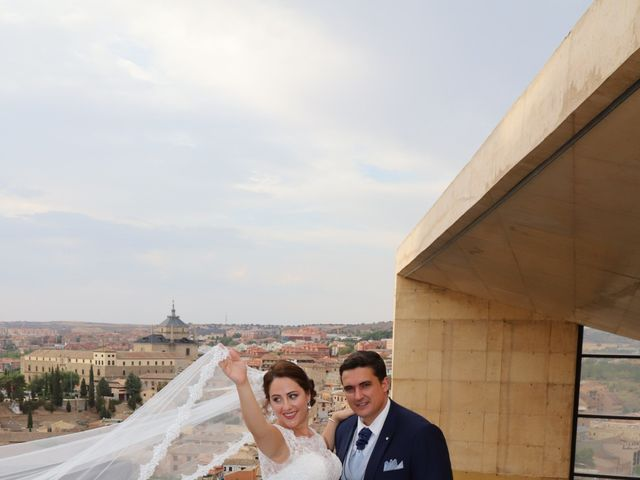 La boda de MARI CARMEN y DARIO en Casas De Fernando Alonso, Cuenca 320