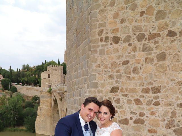La boda de MARI CARMEN y DARIO en Casas De Fernando Alonso, Cuenca 328