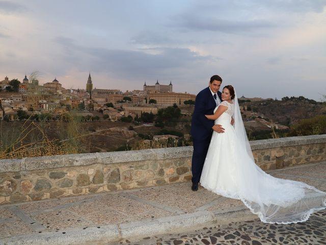 La boda de MARI CARMEN y DARIO en Casas De Fernando Alonso, Cuenca 332