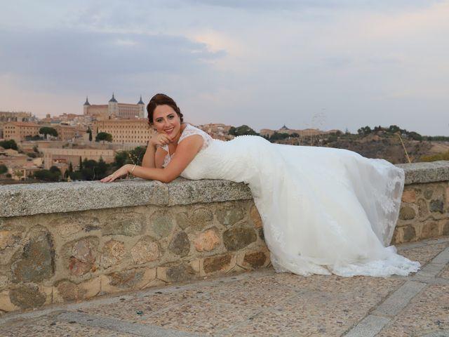 La boda de MARI CARMEN y DARIO en Casas De Fernando Alonso, Cuenca 334