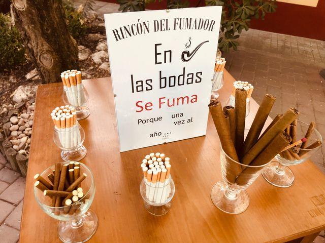 La boda de MARI CARMEN y DARIO en Casas De Fernando Alonso, Cuenca 339