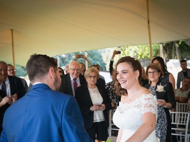 La boda de Ricard y Lidia en Sant Ferriol, Girona 16