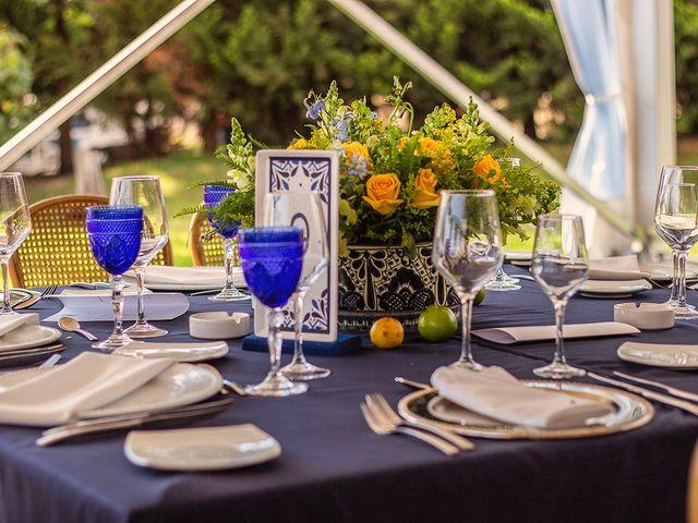 La boda de Pau y Rebeca en Madrid, Madrid 18