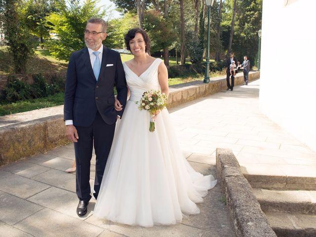 La boda de Serxio y Fátima en Santiago De Compostela, A Coruña 13