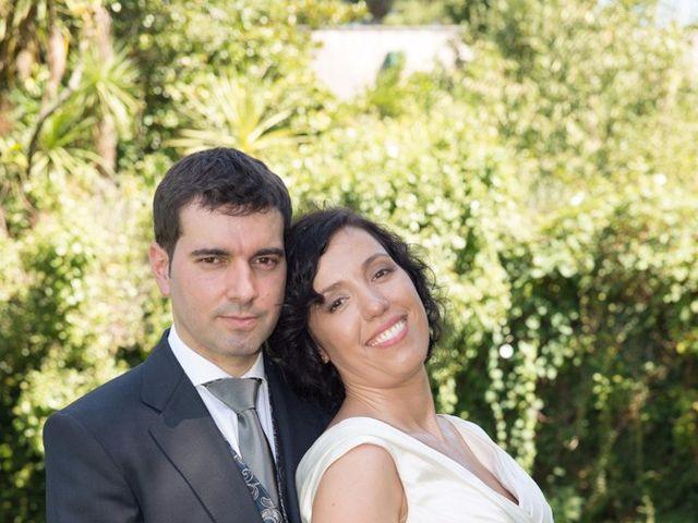 La boda de Serxio y Fátima en Santiago De Compostela, A Coruña 15