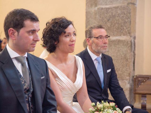 La boda de Serxio y Fátima en Santiago De Compostela, A Coruña 24