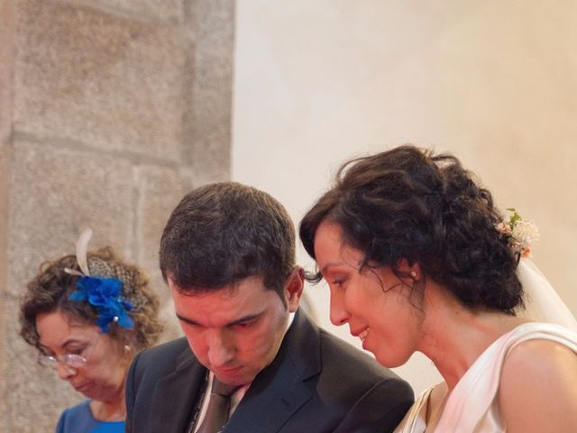 La boda de Serxio y Fátima en Santiago De Compostela, A Coruña 30