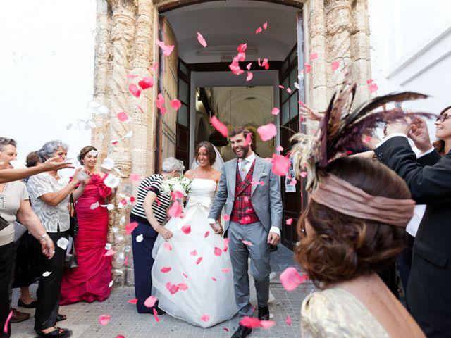 La boda de Álvaro y Ángela en Bolonia, Cádiz 1