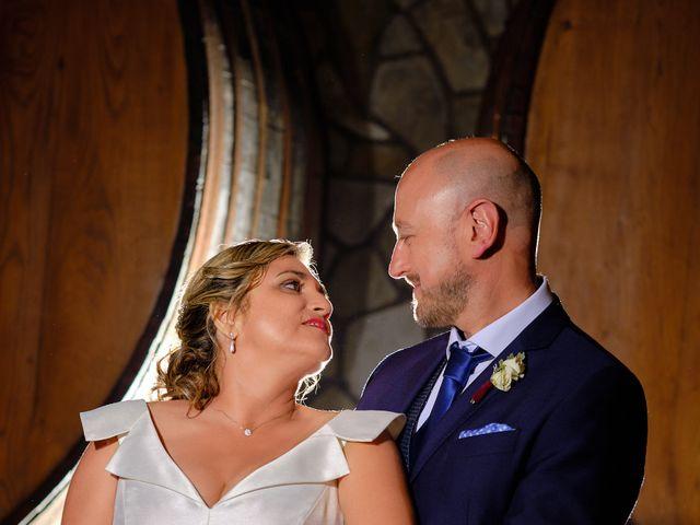 La boda de Elena y Valdes en Gijón, Asturias 25