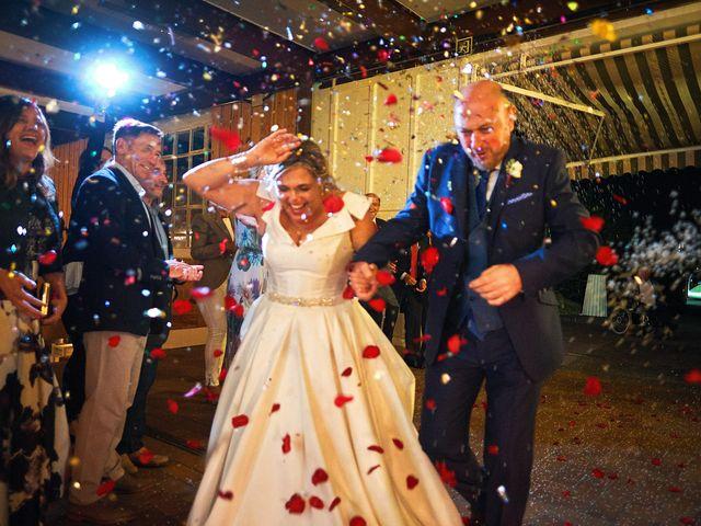 La boda de Elena y Valdes en Gijón, Asturias 29