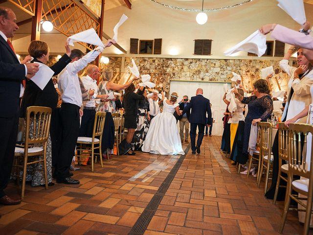 La boda de Elena y Valdes en Gijón, Asturias 32
