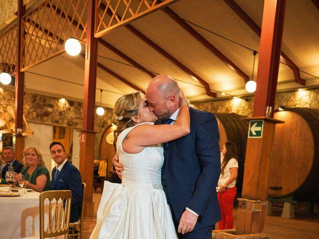 La boda de Elena y Valdes en Gijón, Asturias 38