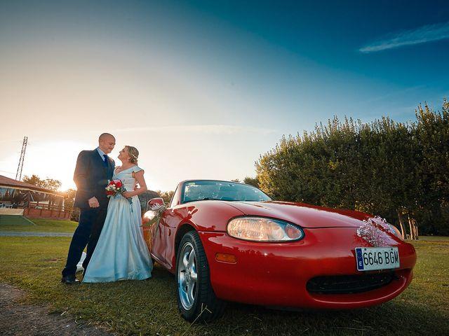 La boda de Elena y Valdes en Gijón, Asturias 77