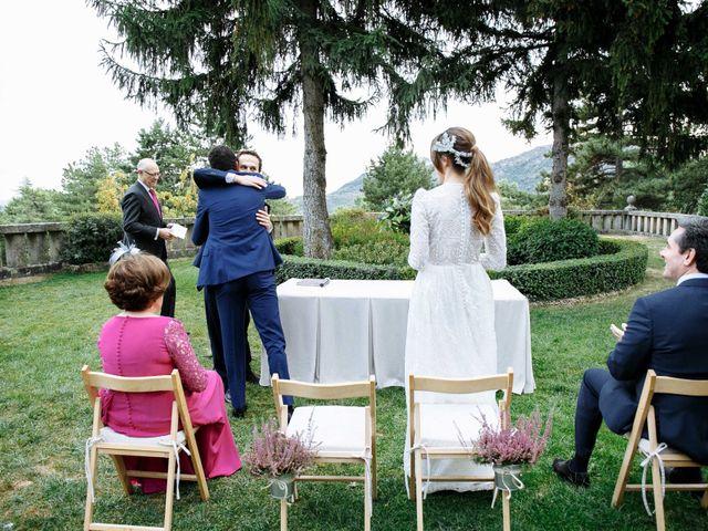 La boda de Daniel y Carolina en El Escorial, Madrid 22