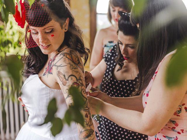 La boda de Adri y Sara en Castellterçol, Barcelona 17
