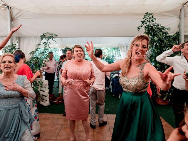 La boda de Ayose y Beatriz en La Orotava, Santa Cruz de Tenerife 17