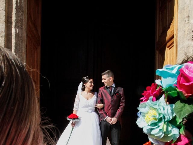 La boda de Mario y Sheila en Valencia, Valencia 109