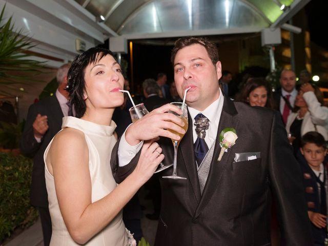 La boda de Alberto y Vanessa en Salou, Tarragona 49