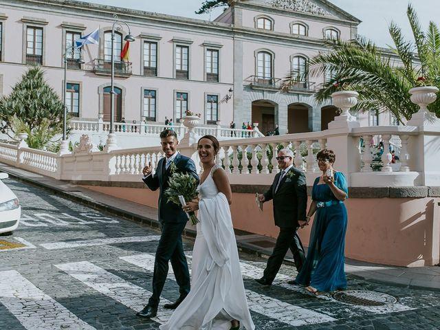 La boda de Jose y Ángeles en La Orotava, Santa Cruz de Tenerife 23