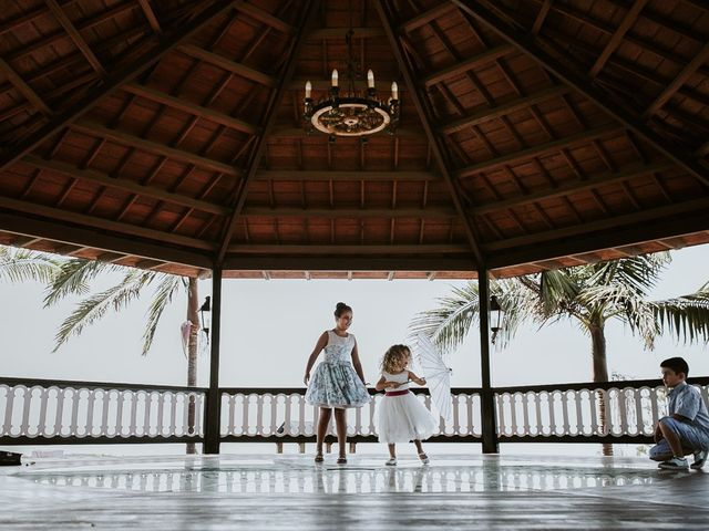 La boda de Luis y Paula en La Orotava, Santa Cruz de Tenerife 29