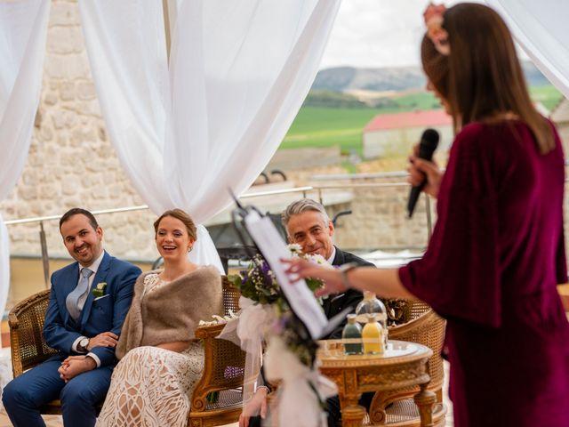 La boda de Alvaro y Africa en Valoria La Buena, Valladolid 19