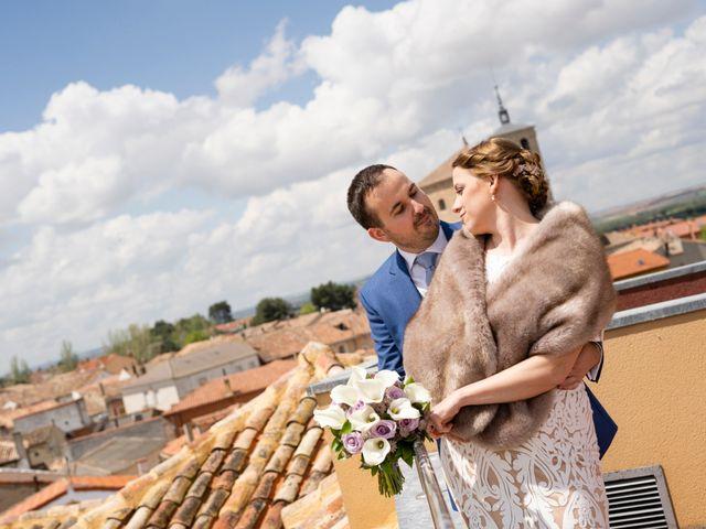 La boda de Alvaro y Africa en Valoria La Buena, Valladolid 23