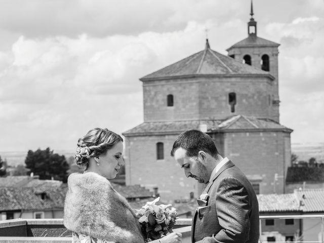 La boda de Alvaro y Africa en Valoria La Buena, Valladolid 24