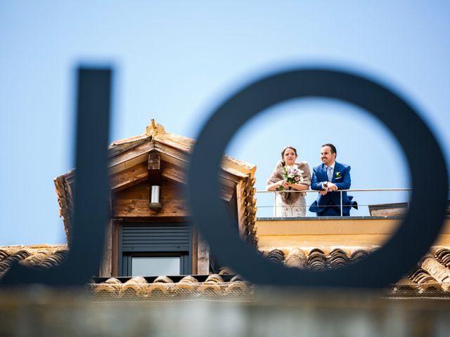 La boda de Alvaro y Africa en Valoria La Buena, Valladolid 25