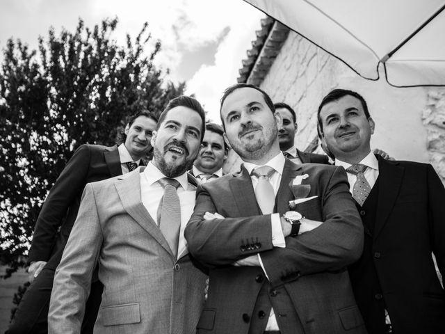 La boda de Alvaro y Africa en Valoria La Buena, Valladolid 27