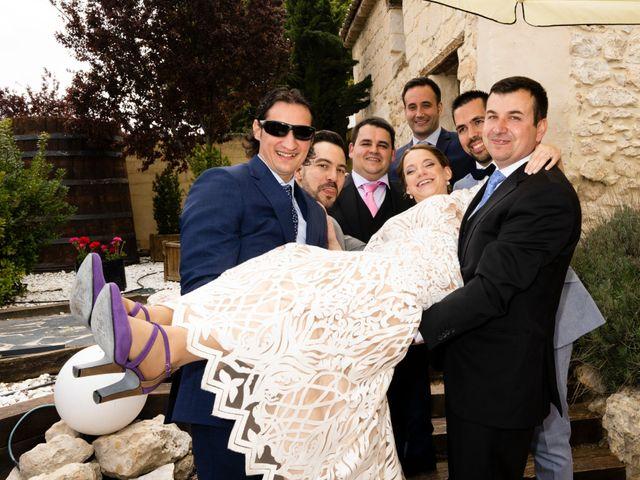 La boda de Alvaro y Africa en Valoria La Buena, Valladolid 28