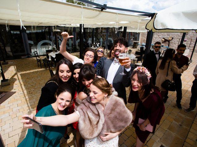 La boda de Alvaro y Africa en Valoria La Buena, Valladolid 32