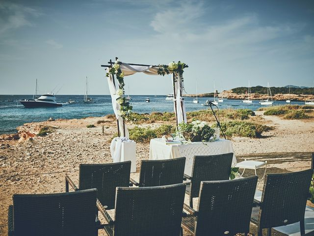 La boda de Estefan y Carol en Cala Conta, Islas Baleares 15
