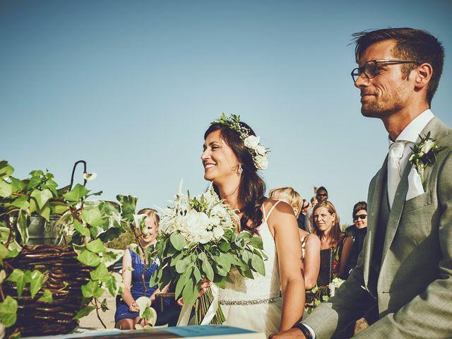 La boda de Estefan y Carol en Cala Conta, Islas Baleares 18