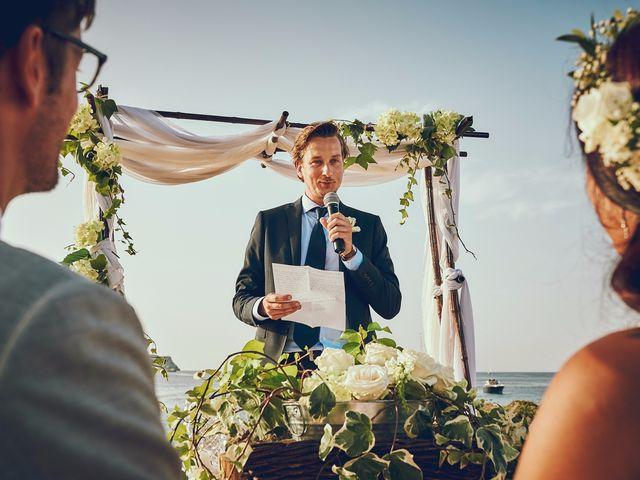 La boda de Estefan y Carol en Cala Conta, Islas Baleares 20