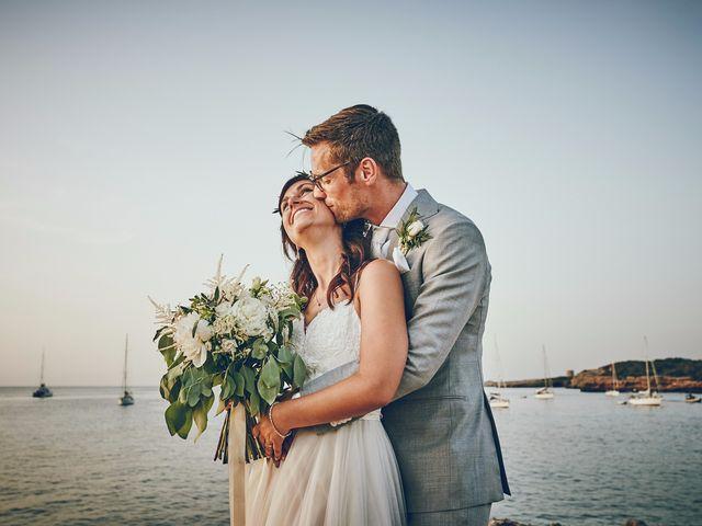 La boda de Estefan y Carol en Cala Conta, Islas Baleares 1