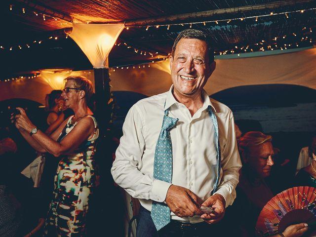 La boda de Estefan y Carol en Cala Conta, Islas Baleares 35