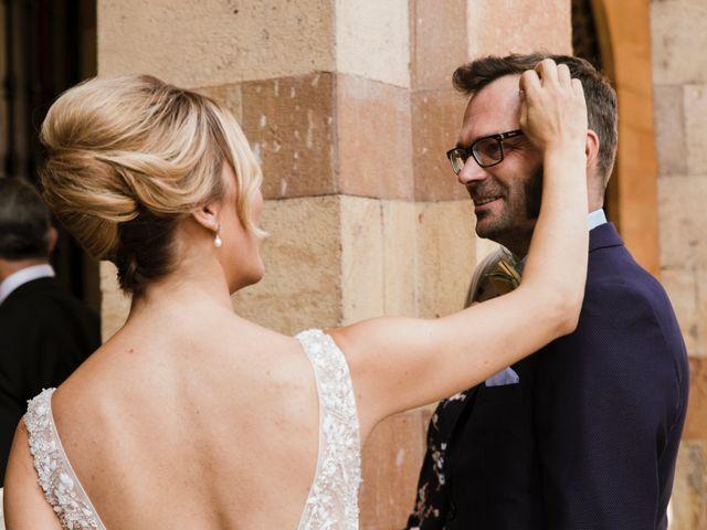 La boda de Guillaume y Bea en Oviedo, Asturias 15