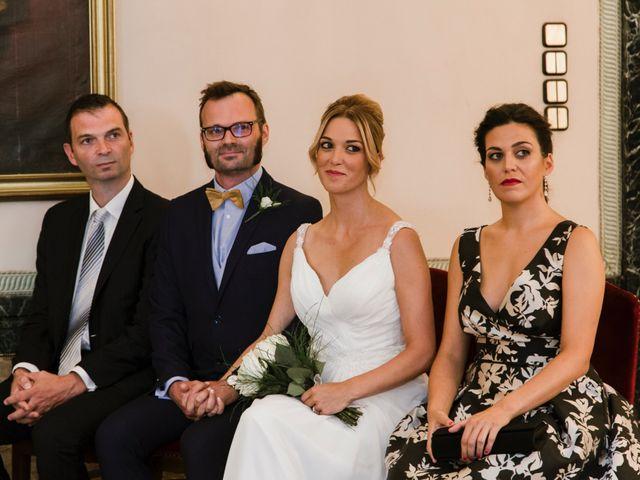 La boda de Guillaume y Bea en Oviedo, Asturias 16