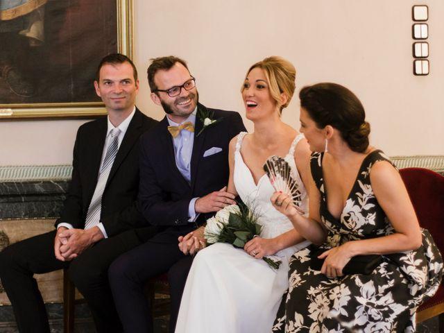 La boda de Guillaume y Bea en Oviedo, Asturias 19