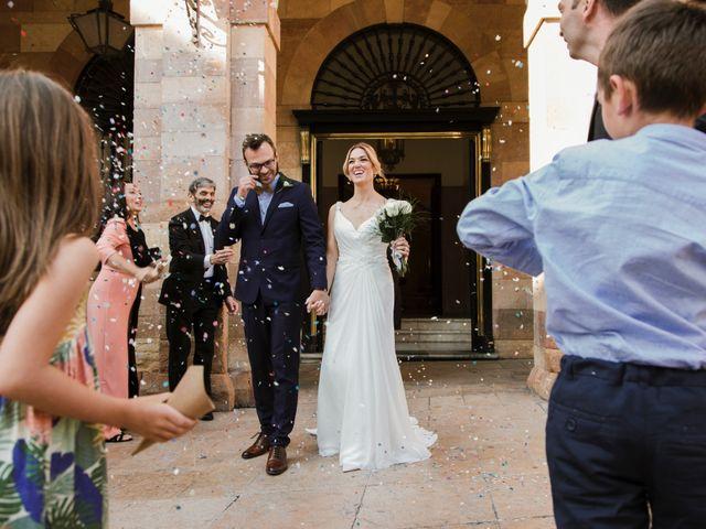 La boda de Guillaume y Bea en Oviedo, Asturias 21