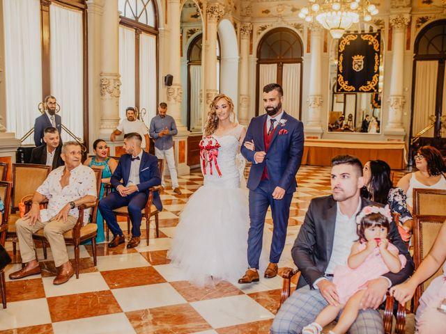 La boda de Jonatan y Lorena en Puerto De La Torre, Málaga 16